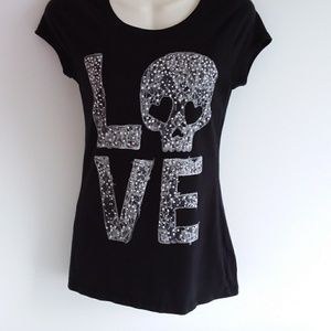 Jerry Leigh Black Tee w/ Lace Love Skull Graphic